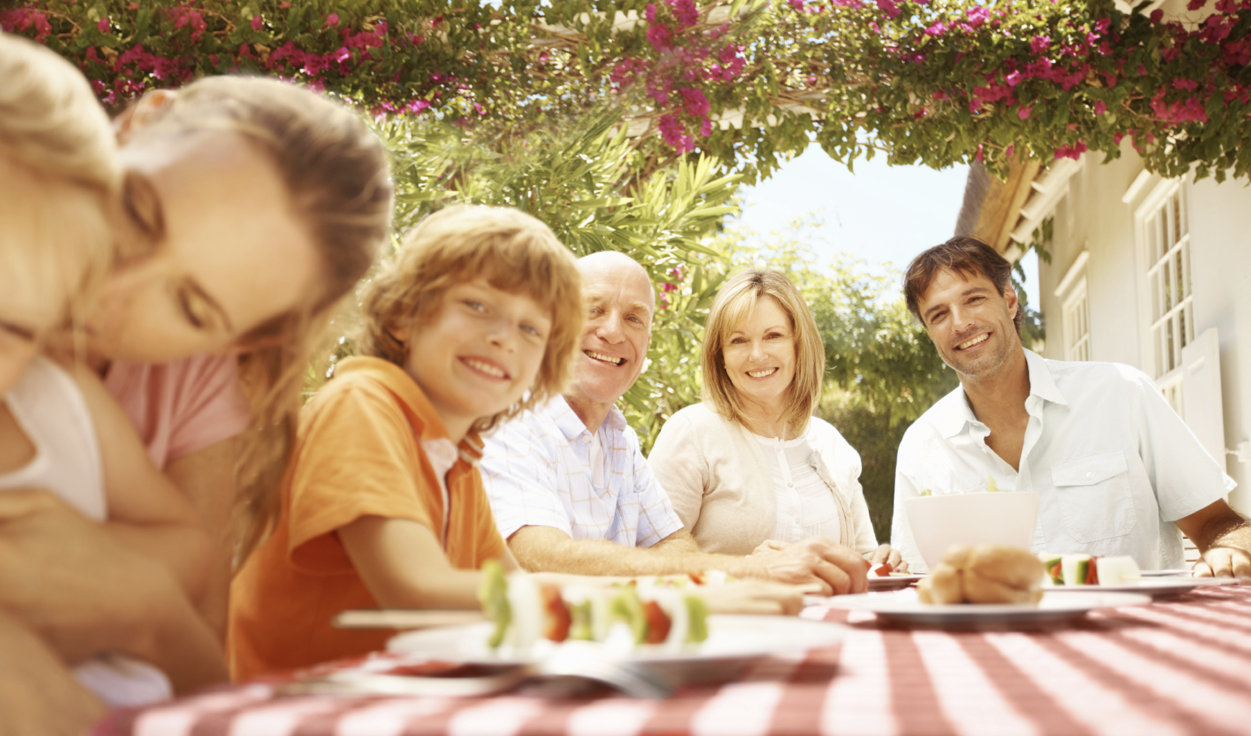 Family at a pinic - iStock
